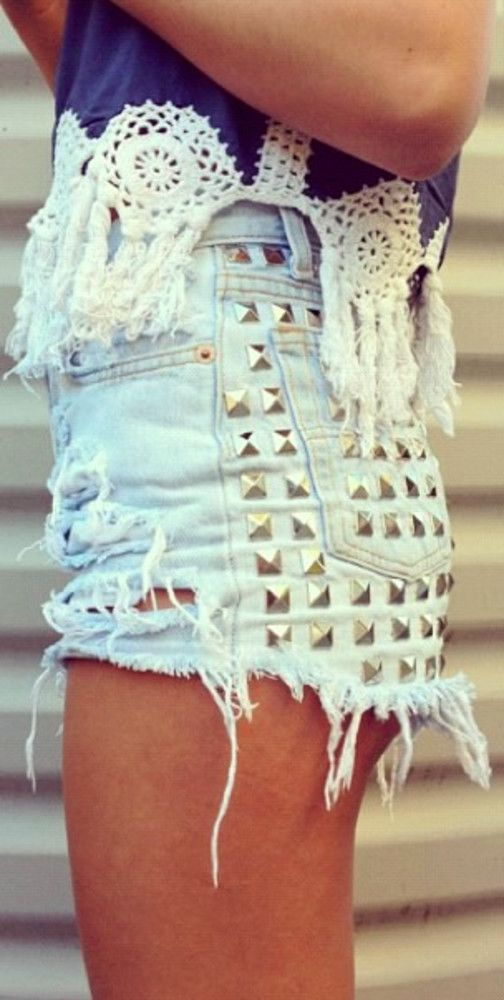 LOVE the top, not sooo much the shorts