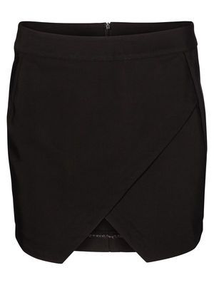 ALMA SHORT SKIRT VERO MODA Holiday Countdown contest. Pin to win the style!