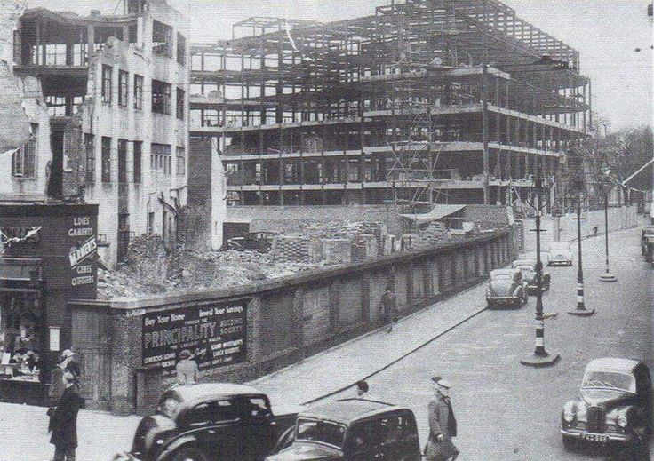Bomb damaged Carlton replaced with BHS in early 1950's
