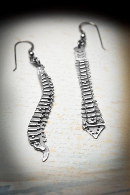 Spine earrings