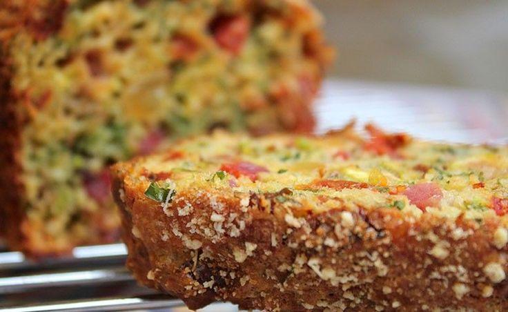 Conheça deliciosas receitas de bolo salgado para fazer sempre que der vontade, seja como prato principal, seja para um lanche especial e gostoso.