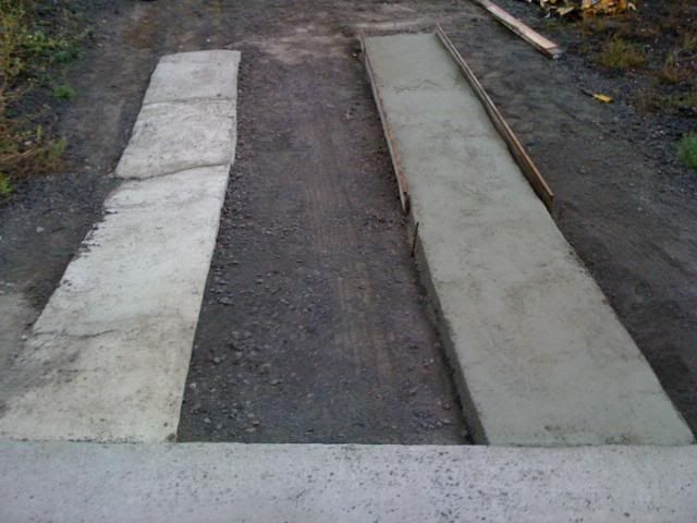 17 best images about concrete driveway options on for Pouring concrete driveway