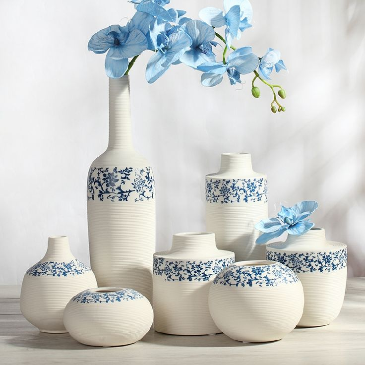青花瓷素烧白色花瓶摆件