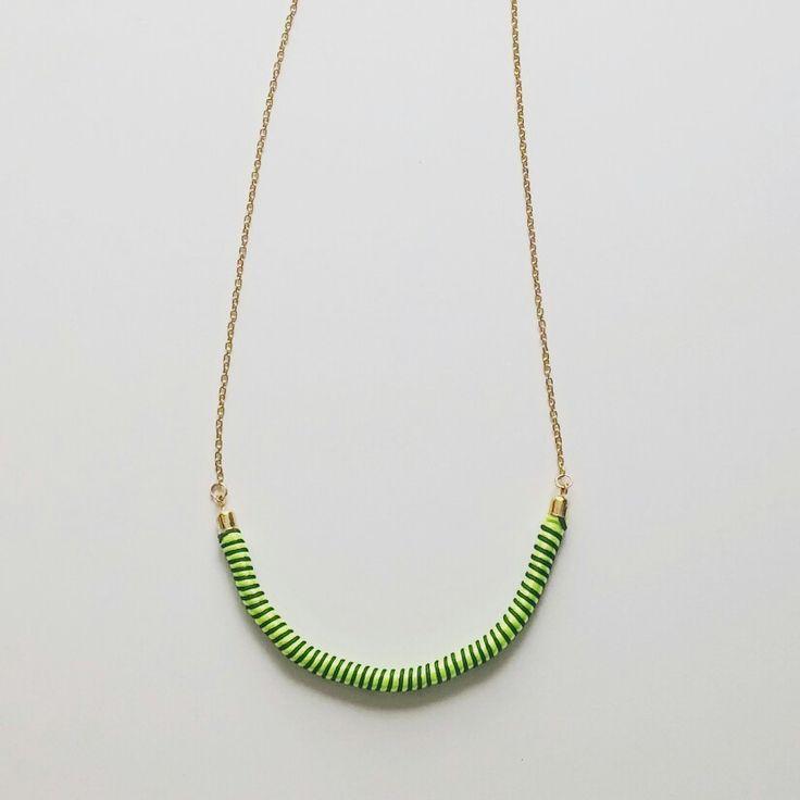 nyaklánc (fonal) / necklace (yarn)