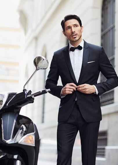 Traje de novio para una boda de etiqueta: Trajes de novio esmoquin de Mango