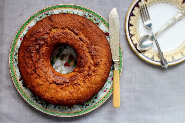 olive oil, rosemary, and honey cake with a hint of lemon