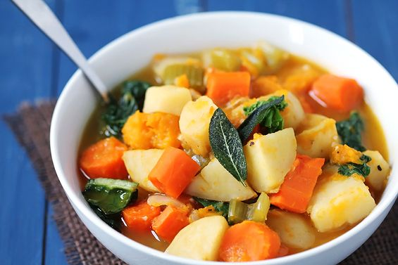 slow cooker root vegetable soup + 4 other delicious crockpot recipes in this week's Fall meal plan   Rainbow Delicious