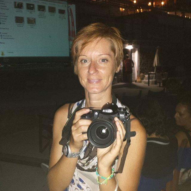 Marina... fotografa ufficiale del team @AffabulaCom mica come me che sono improvviso #hatsummer  #Livorno #Toscana #Tuscany #Italy #Italia #instaitalian #instaitalia #moda #fashion #womenfashion #sea #seaside #mare #cinema #cortometraggio #cortometraggi #estate #hat