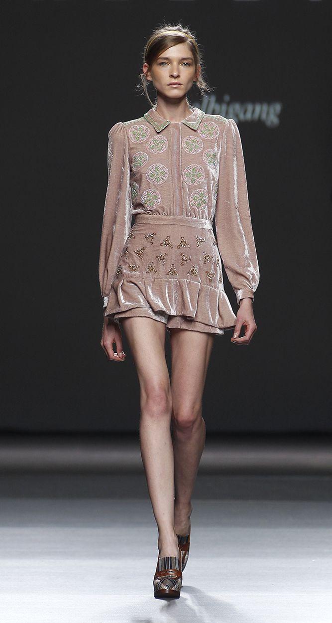 Lazo Caprichoso Blog de moda Moda Low Cost II Vestido de terciopelo rosa Teresa Helbig (1)