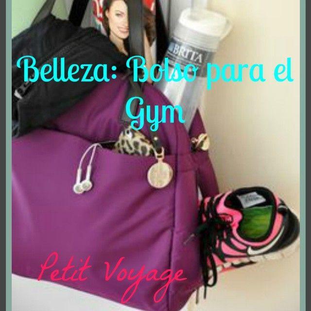 BELLEZA: BOLSO PARA EL GYM  Mi consejo es buscar un bolsopequeñoo mediano, con asa si es posible, yllénaloconartículosdetocador en miniatura.Aquíhice unapequeñalista de lo quenecesitaras... SIGUEME EN:  Petit Voyage | By Glenda G.A  https://petit8voyage.wordpress.com/  Instagram: @petit8voyage  Pinterest: gcga  Facebook: Petit Voyage Twitter: petitvoyage8  #Blog #Blogger #fitness #gym #gimnasio #instathoughts #instablog #Fashion #Moda #Food #Drinks #Comida #Bebidas #Travel…