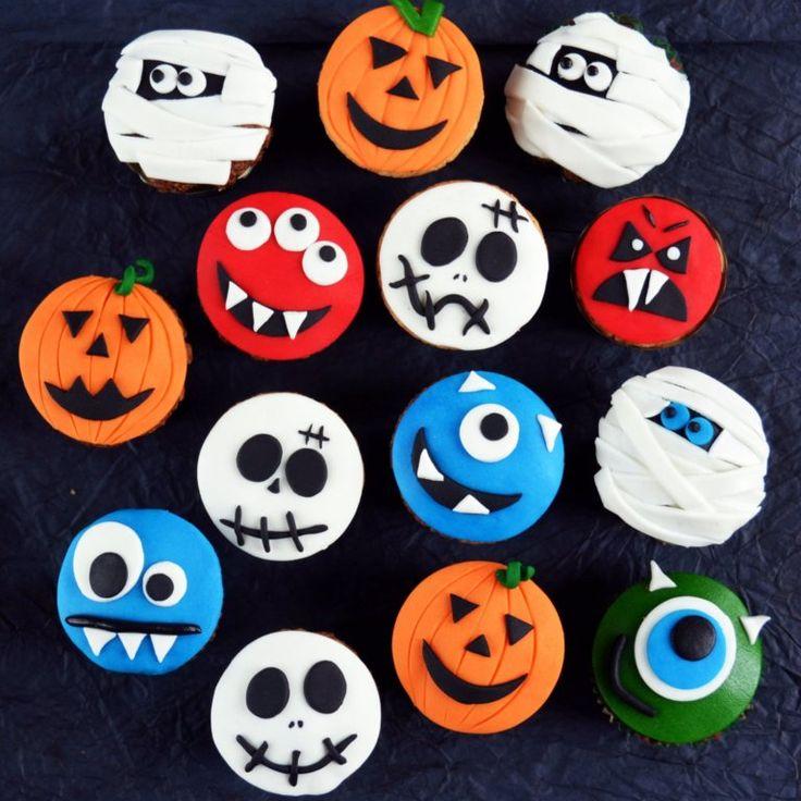 Halloween-i horror sütik - kókuszos muffin halloween-i cupcake formában  Creepy Halloween cupcakes