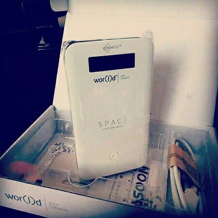SpaceStationMini    Lleva la potencia de la señal mCell en tu bolsillo y aprovéchala en más de 80 países. Un modo súper compacto y elegante de llevar tu conexión mCell. Instala tu micro-cell para participar en la creación de la red mCell 5GHz, para formar parte de la primera red móvil global e independiente y empezar a ganar como una operadora móvil.