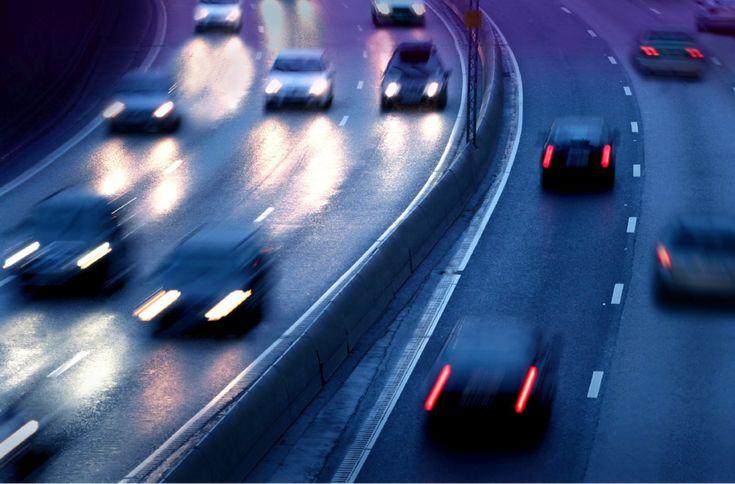 Nos étudiants en formation de mécanique automobile le savent, les systèmes de freinage ont évolué considérablement au cours des dernières années. Les ingénieurs en recherche et développement ne cessent de trouver de nouvelles technologies pour améliorer la sécurité et la durabilité des automobiles.