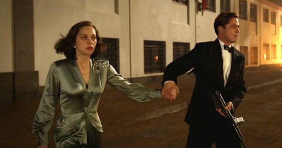 BRAD PITT e MARION COTILLARD sono due agenti segreti durante la Seconda Guerra Mondiale nel film ALLIED