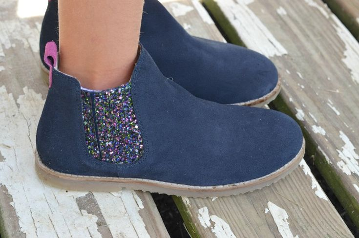 Back to School in Style with Mini Boden Chelsea Boots, these are super cute and look great with everything! #IC #AD #‎BacktoschoolwithBoden