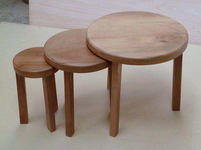Mesas Laterales Circulares Raulí http://dizenos.cl/mesas-laterales-circulares-rauli/