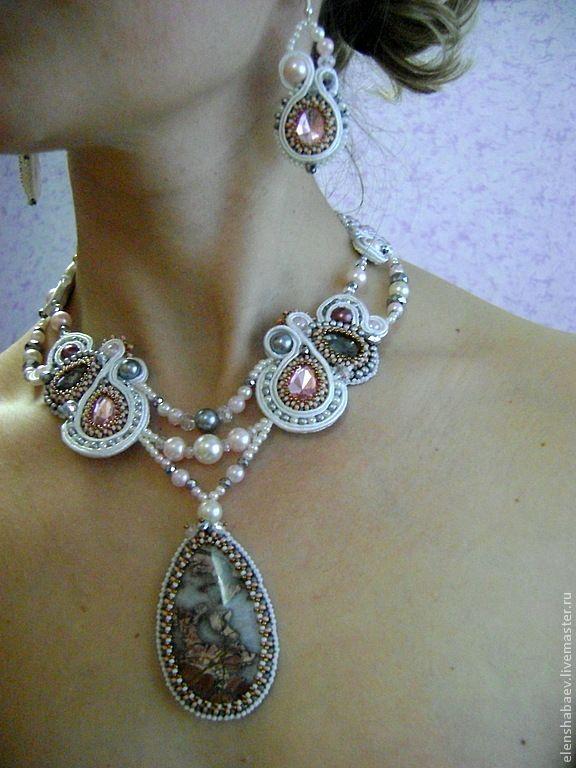 """Купить комплект: """"Весенняя капель"""" - комплект украшений, выпускной, украшения на выпускной, белый, розовый"""
