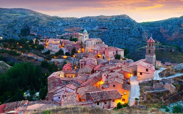 Albarracin, η γραφική κωμόπολη μέσα στα πετρώδη βουνά