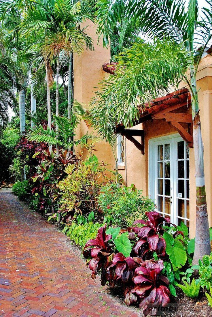 20 Exquisite Tropical Garden Ideas Queensland | Tropical ...