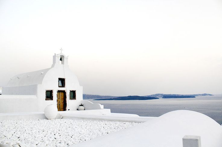 Oia: A place to fall in love...  #Oia, #Santorini, #Greece, #beautiful #house, #caldera #view, #cycladic #architecture, #holiday deatinations, #mustseeplaces