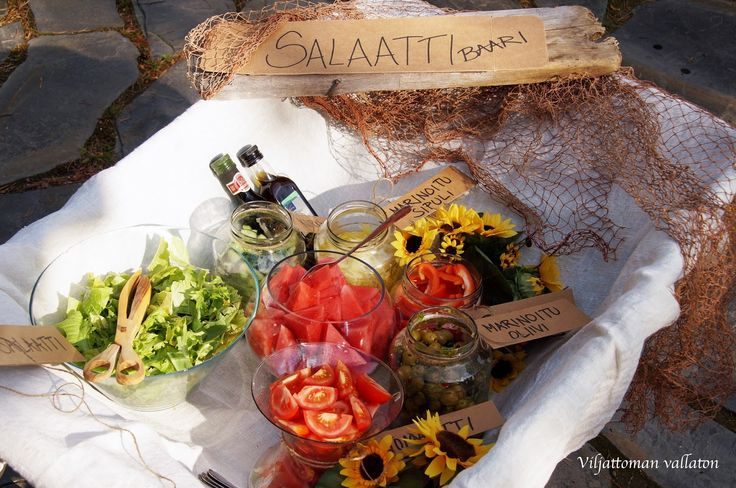 Viljattoman Vallaton: Salaattibaari katujuhliin