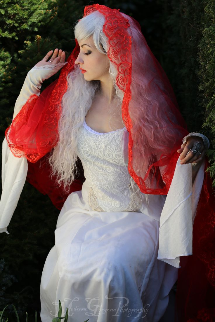 My handmade 'Lady of Shalott' dress. Available in my Etsy shop:  https://www.etsy.com/uk/listing/233497293/pre-raphaelite-waterhouse-inspired?ref=shop_home_active_1   Custom orders also available through my Facebook page, please message me for details:  https://www.facebook.com/pages/Superstitchious/182200448509495?fref=ts  Photo taken by:  https://www.facebook.com/medusa.gorgona.photography?fref=ts  http://purpleport.com/portfolio/medusagorgonaphoto/