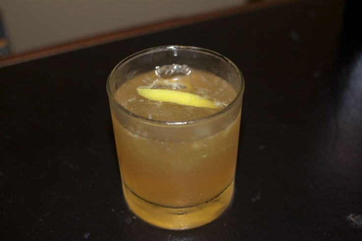 Ginger Sour (Seagram's 7, Ginger Ale, Fresh Lemon Juice), its really good!
