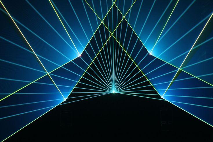 Laser Light & Sound Show - Laser Quantum