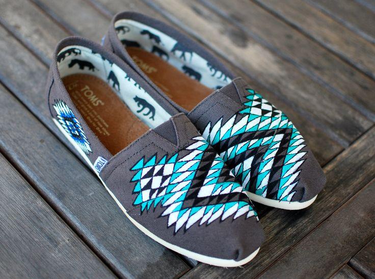 Toms Design best 25 painted toms ideas on toms shoes fashion