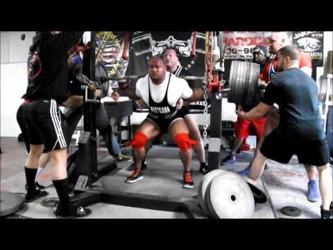 Eric Lilliebridge- 400kgs x 3 (881lbs) PR Raw Squat w/ Wraps @ 285lbs