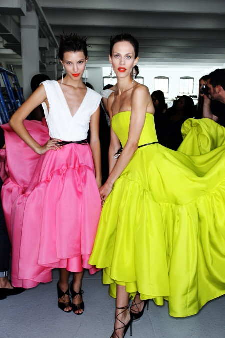 neon x2.Neon Parties, Jason Wu, Vibrant Colors, Red Lips, Lips Colors, Bold Colors, Stunning Dresses, Bright Colours, Bright Colors