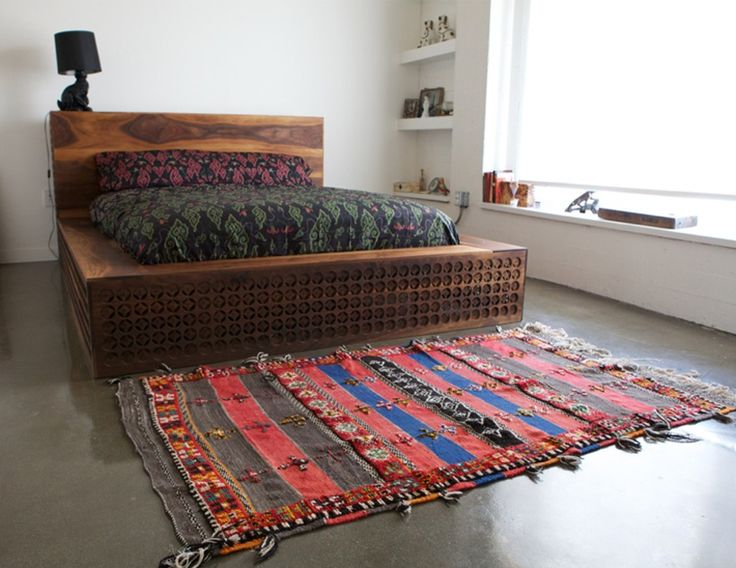 Amazing Chinese Wooden Bed