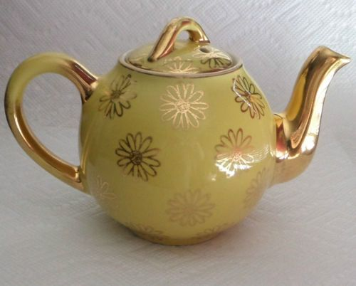 Hall Vintage Hall 2 Cup Tea Pot With Lid Made in USA Yellow & Gold w/ Gold Flowers