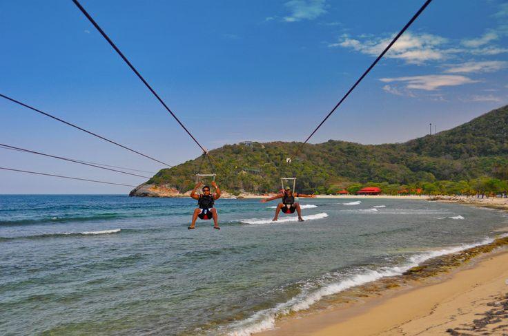 Croisière dans les Caraïbes  #royalcaribbean #royalcaribbeanf #croisiere #navire #tourisme #vacances #caraibes #plage