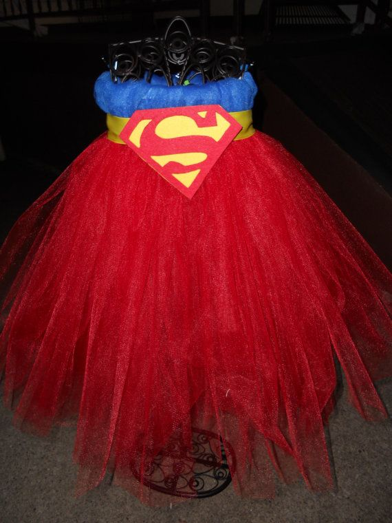 Superman Tutu Dress. Will make some superhero variation of this if I have a girl... Or Loki? :-D