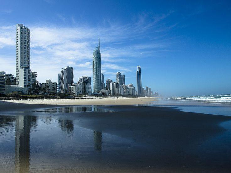 Gold Coast Surfers Paradice