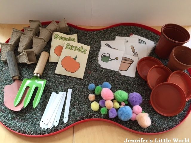 17 best images about tuff tray on pinterest three little for Indoor gardening lesson