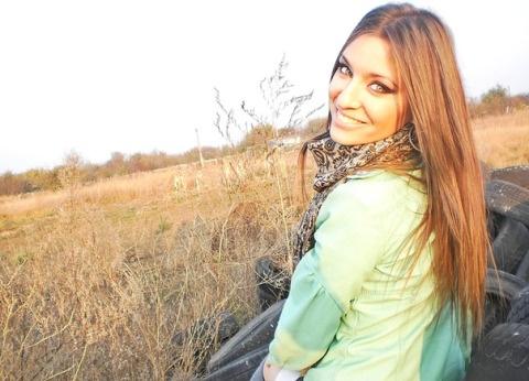 http://moldave.wordpress.com - A Milano ci sono molte donne moldave che cercano una relazione seria con uomini italiani. Dalla capitale della Moldavia, Chisinau, ogni anno approdano nell'interland milanese tantissime ragazze moldave pronte a crearsi una nuova vita.