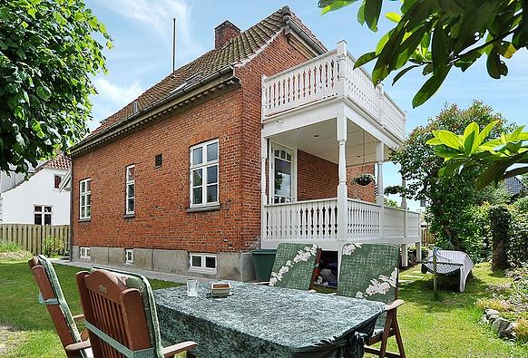 RobinHus - Villa i Valby sælges : Beliggenhed, beliggenhed, beliggenhed!