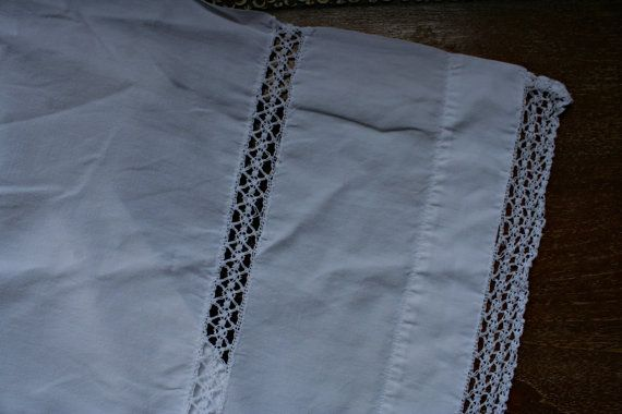 French Vintage Cotton Crocheted White Sheet by FromParisToProvence, €44.00