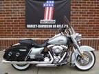 2011 HARLEY-DAVIDSON Road King Classic Flhrc |  2011 Harley-Davidson Road King Touring Motorcycle in Lithia Springs GA | 3270582945