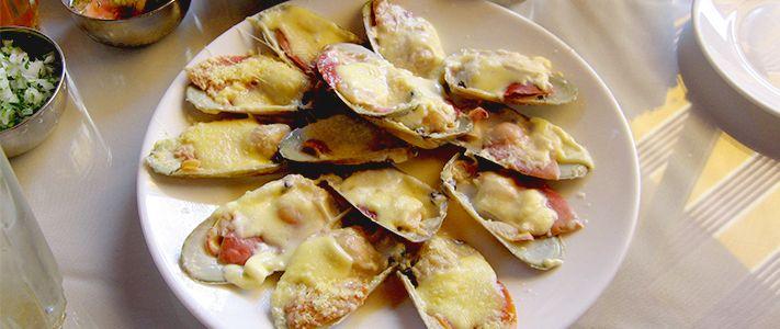 7 comidas que sólo puedes probar en Chile | TiquiTaca