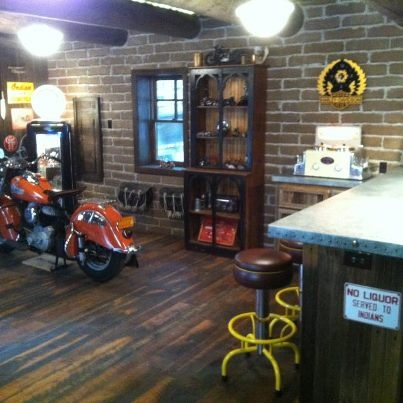 Garage Bar   I Think This Would Bring Tears To Clydes Eyes! Man Cave ...