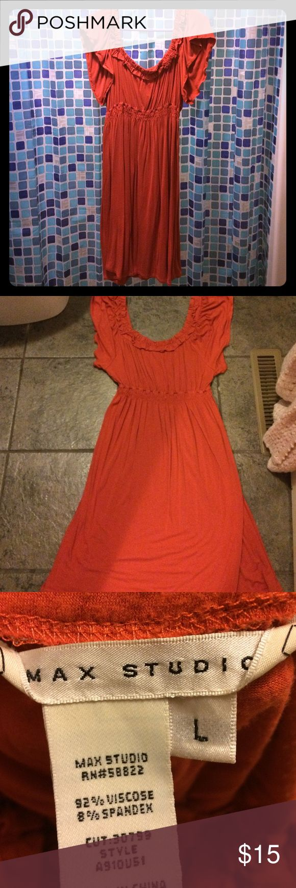 Burnt orange country chic dress EUC worn once. Pretty burnt orange dress. Has a country chic vibe to it and it looks stunning with boots. If you have any questions feel free to ask. Max Studio Dresses Midi