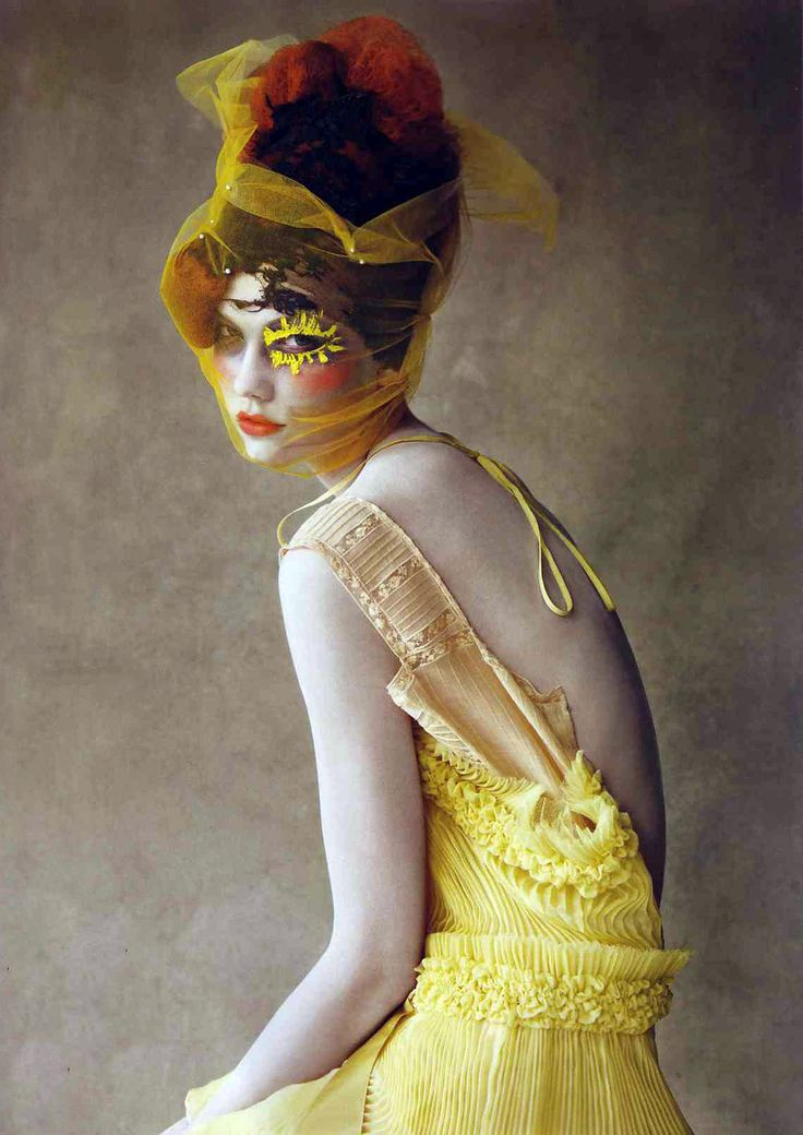 Karlie Kloss, VOGUE UK, 2013. Patrick Demarchelier - Photographer Phyllis Posnick - Fashion Editor/Stylist Julien d'Ys - Hair Stylist Julien d'Ys - Makeup Artist