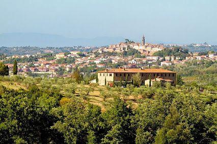 Wine Farmhouse near Peccioli