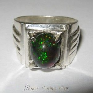 Cincin Black Opal 2.49 carat Ring 8.5US