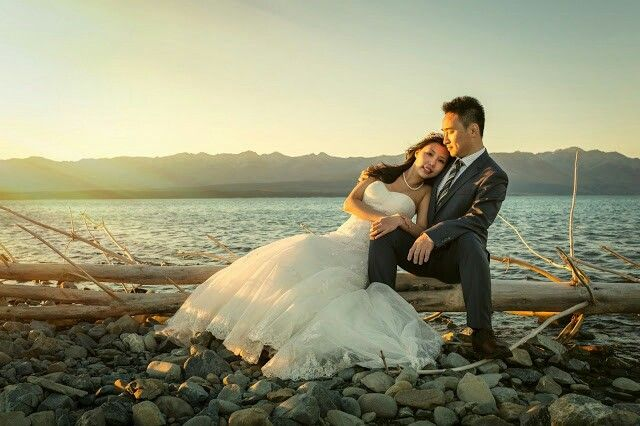 This lovely couple came all the way from Canada for a pre-wedding shoot in NZ | Mount Cook Wedding Photography  | Tekapo wedding photographer Mandy Caldwell Http://mandycaldwell.co.nz