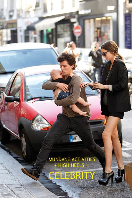 "Miranda Kerr and Orlando Bloom Define ""Celebrity"" in One Snapshot"
