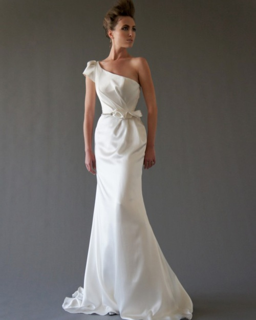 4 Incredibly Gorgeous Wedding Dresses from Cocoe Voci Fall 2012 Bridal Collection  #wedding_dress